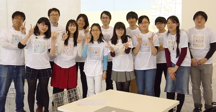 Yamada (third from left) with Science Cafe student organizers