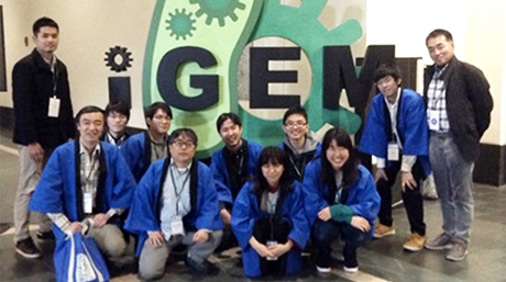 Tokyo Tech team extends gold medal record at iGEM 2017