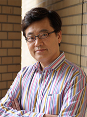 Dean of the Institute for Liberal Arts Noriyuki Ueda