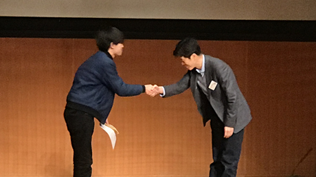 Kazuma Horita, Yoshida Lab., won the best presentation award on